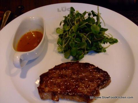 Shrunk steak Cafe Luc