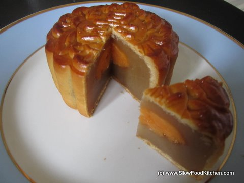 Lotus Seed Double Yolk Moon Cake