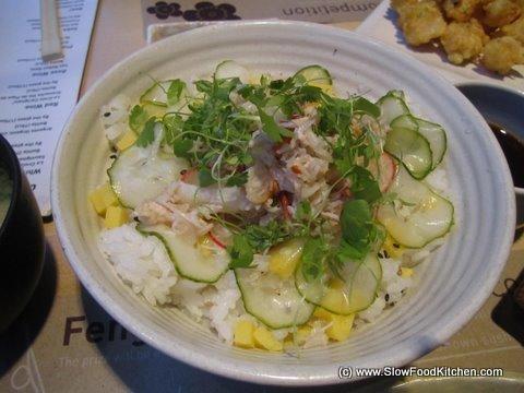 Crab Donburi feng sushi