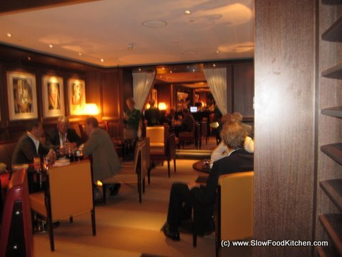 Bar 45 at 45 Park Lane Hotel