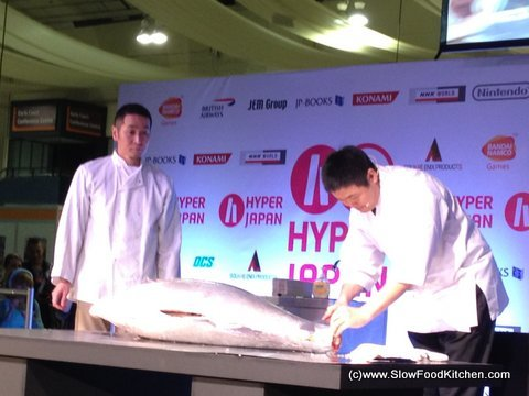 Filleting Yellow Fin Tuna - Hyper Japan 2012