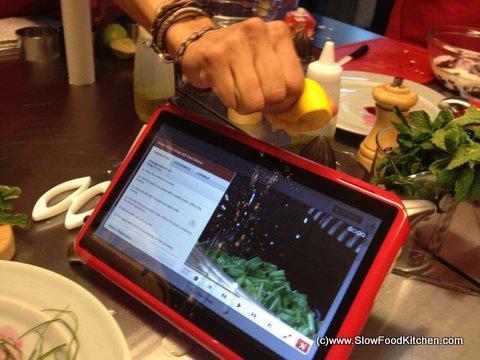Qooq waterproof tablet review