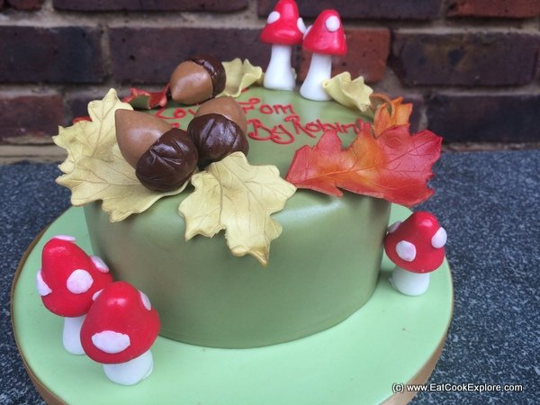 An Autumnal cake from Cakes By Robin