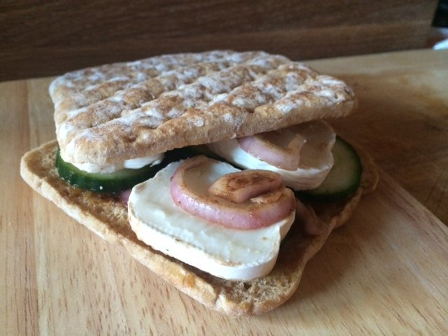 goats cheese and balsamic onions sandwich