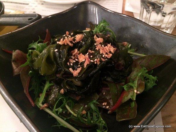 Den Udon seaweed salad