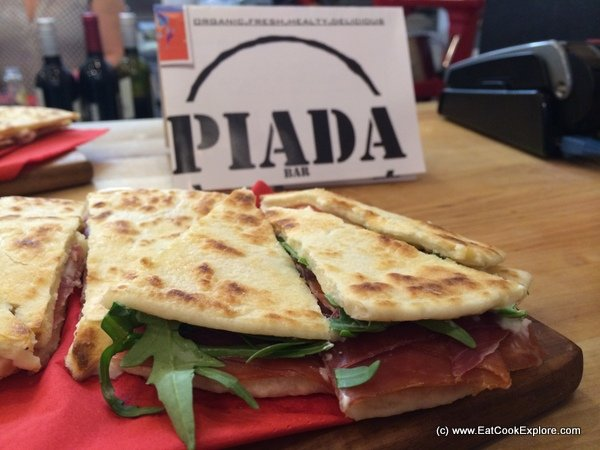 Piada Bar Parma Ham, mozarella and rocket