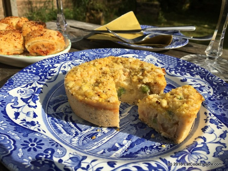 higgidy picnic with ham hock and pea quiche