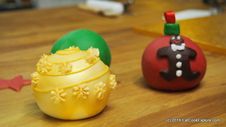 Edible Christmas Baubles