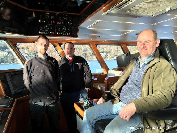 Menai Mussel Boat Mare Gratia Crew