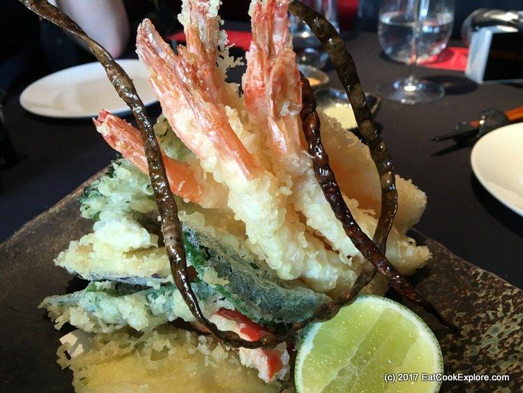 Prawn and vegetable tempura with fried seaweed