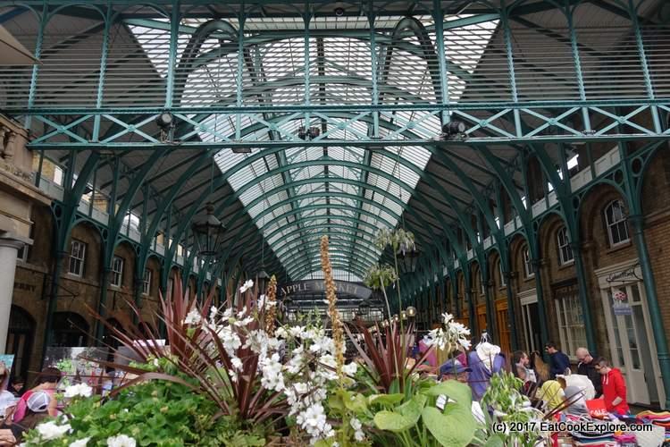 Covent Garden London Apple Market