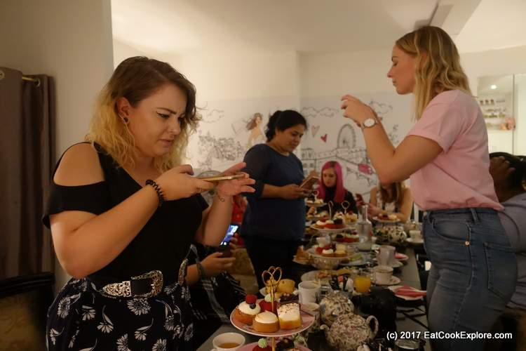Bloggers and Afternoon Tea