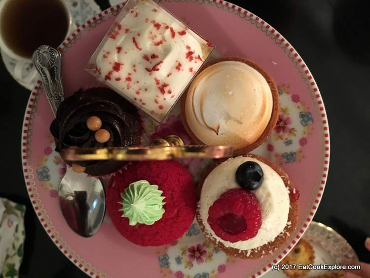 Flatlay or just top down of the cakes