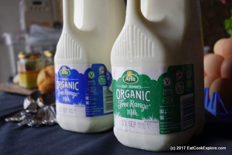 Arla Organic Free Range Milk