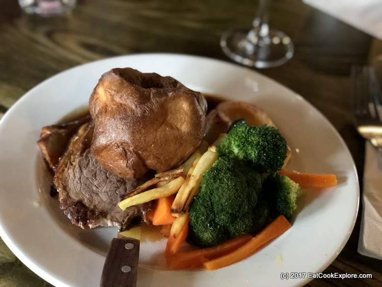 Roast Beef and Yorkshire Pudding Best Sunday Lunch London