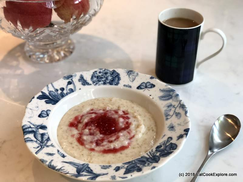 Arla Free Range Organic Milk for porridge