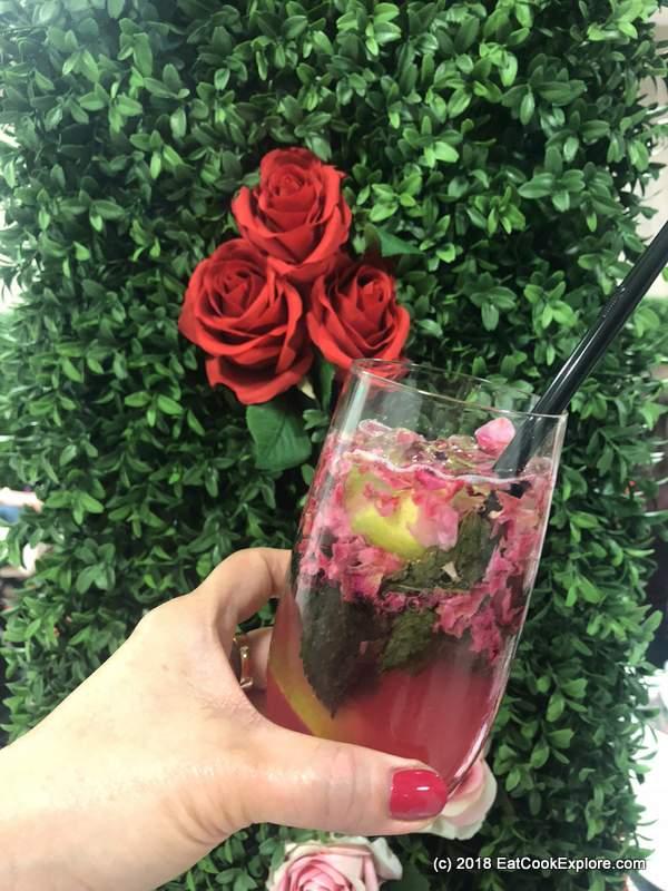 A rose mojito
